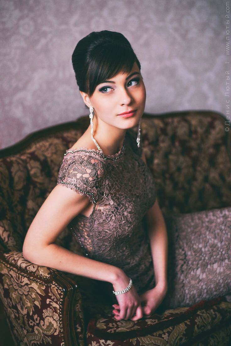 Studio Portrait of Beautiful Alexandra by Denys Lyuty on 500px