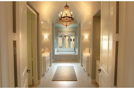 An Elegant Chandelier Welcomes You Into This 252 Ber Chic