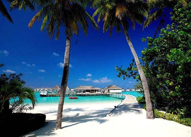 #Centara #Grand #Resort #Spa #centaragrandislandresortspa #Maldives #Maldiverna #hotell #hotel #lyx #luxury #lyxhotel #luxuryhotel #allinclusive #all #inclusive #island #ö #vacation #semester #beach #strand #hav #ocean