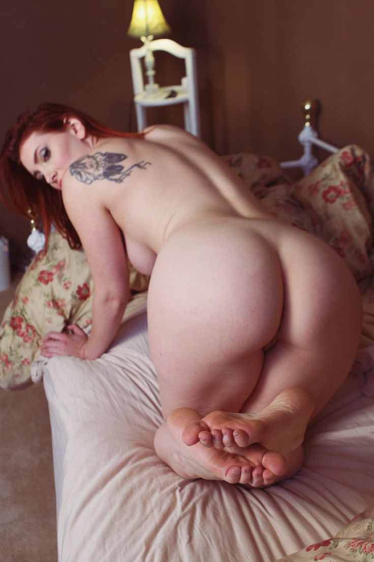 Suicide girls bent over naked, lesbian photoshoot metacafe