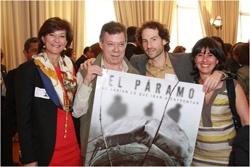 En una semana histórica para el cine nacional (seis películas colombianas en cartelera), se premian con 7.700 millones las Convocatorias de FICCIÓN y FORMACIÓN del Fondo para el Desarrollo Cinematográfico -FDC- de Colombia 2012. El jueves 30 de agosto, en el Museo Nacional, se conocerá el cine colombiano que vendrá en los próximos tres años.