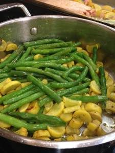 Sautéed Green Beans and Yellow Squash as seen on TLC. Pairs really well as an easy side dish to your favorite Mom Made Meatballs - found in freezer aisles nationally.