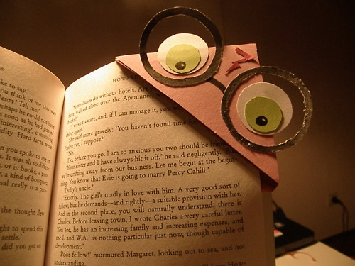 Easy Harry Potter bookmark #harry #potter #bookmark #diy #recycled
