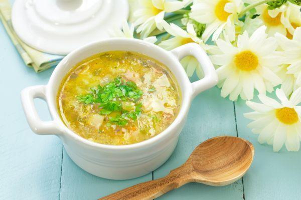 Zemiaková polievka s karfiolom - Recept pre každého kuchára, množstvo receptov pre pečenie a varenie. Recepty pre chutný život. Slovenské jedlá a medzinárodná kuchyňa