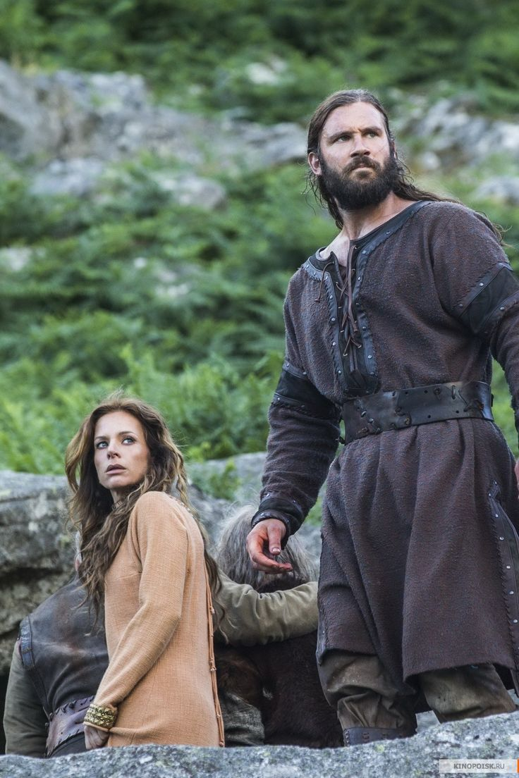 Siggy and Rollo - Jessalyn Gilsig and Clive Standen in Vikings, set in the 9th century (TV series).