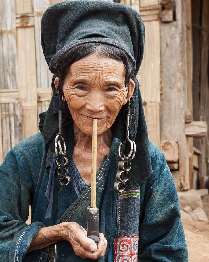 Old hilltribe woman of ethnic group akha enjoy her opium pipe. Province phongsali in Laos ���� #lais #phongsali #ethnic #ethnicgroup #opium #opiumpipe #smoking #woman #senior #senioradult #portrait #wrinkles #face #akha #travel #discovery #voyageofdiscovery #hilltribe #hilltribepeople http://misstagram.com/ipost/1543523151370242882/?code=BVrsiDUA8tC