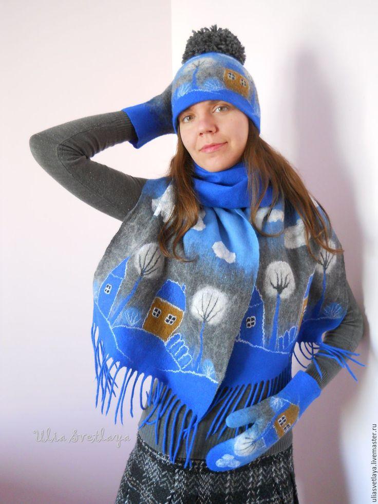 """Купить """"Зимний город"""" Комплект валяный: шапочка, шарф, варежки - варежки валяные, шарф валяный"""