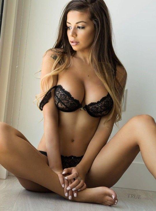 Julianne Kissinger  Lingerie Hot, Sexy Model, Sexy Girls-9915