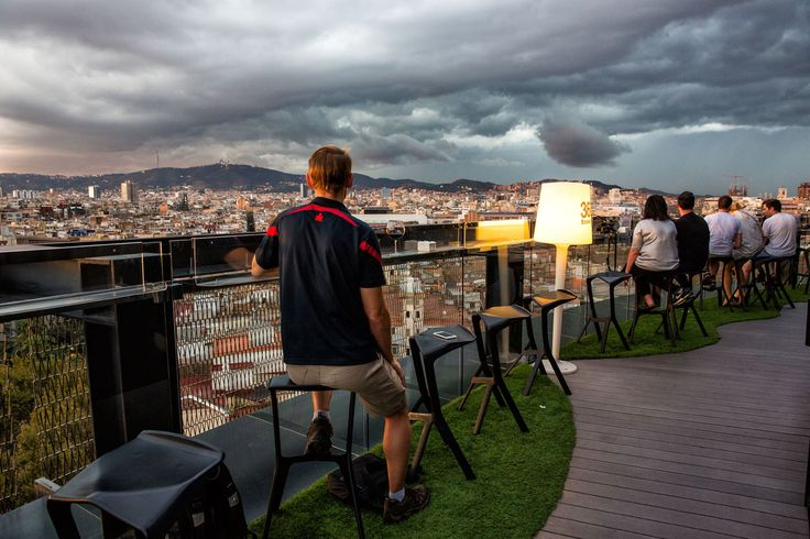 The Best Rooftop Bars In Barcelona Also Hotel Condes opposite La - hotel barcelone avec piscine sur le toit