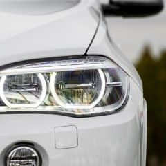 7 Cars With the Highest IIHS Safety Rating Have Good Headlights