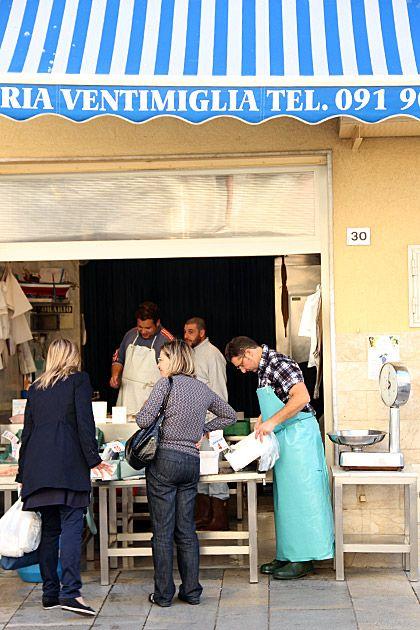 Shopping, Bagheria, Sicily, Italy - Grandpa Ben's hometown!