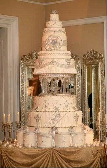 wedding cake for 75 people diamonds and bling wedding decor that sparkles with 22710
