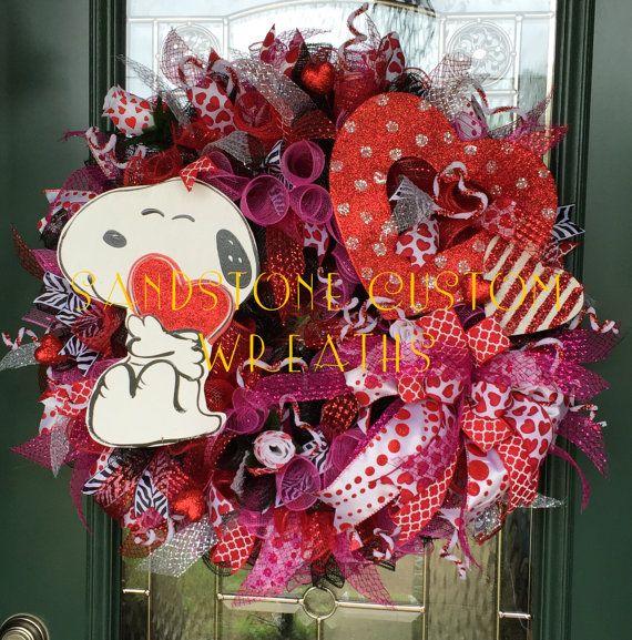 Snoopy Valentine's Day Wreath Valentine by SandstoneCustmWreath-SOLD