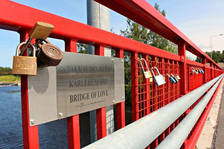 Rakkauden silta Kurikassa www.hakupaalla.com