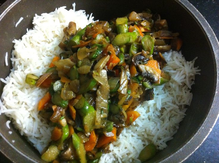 Steamed basmati rice served with a pan fried combination of onion, mushrooms, asparagus and carrots!