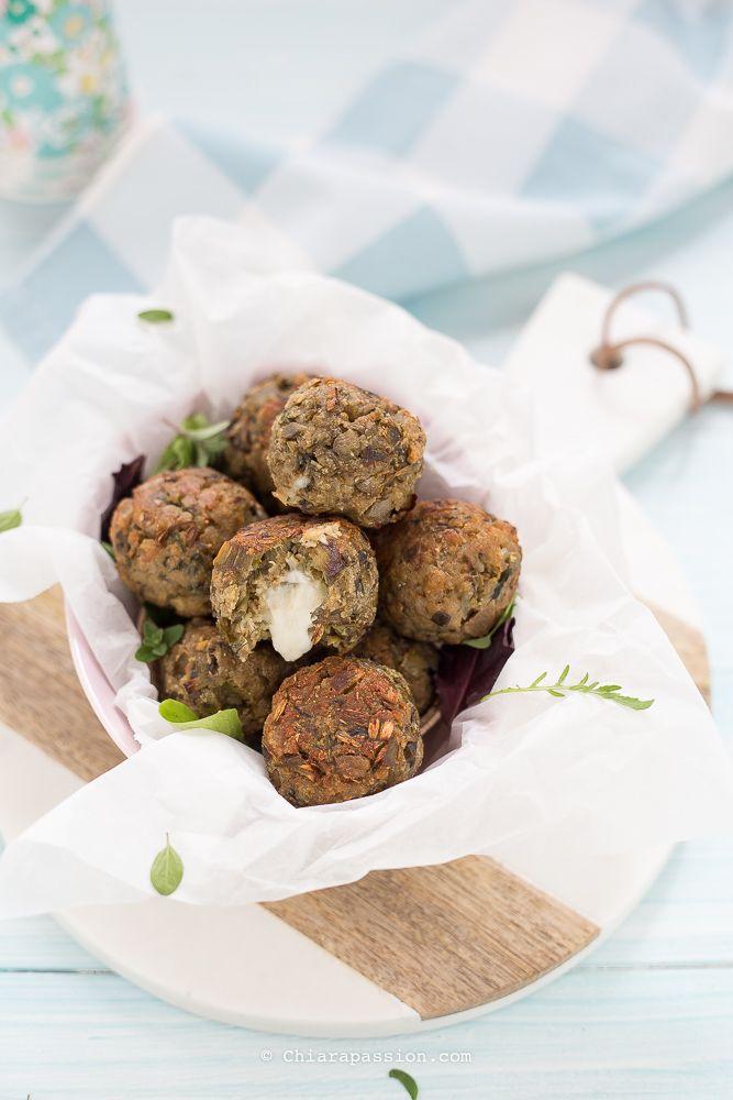 Polpette di carciofi al forno, facili e buonissime. Vegetarian meatballs - veggie meatballs - artichokes Chiarapassion