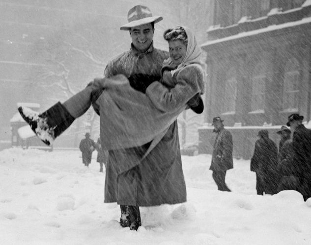 Two people in the snow in New York City in 1947.