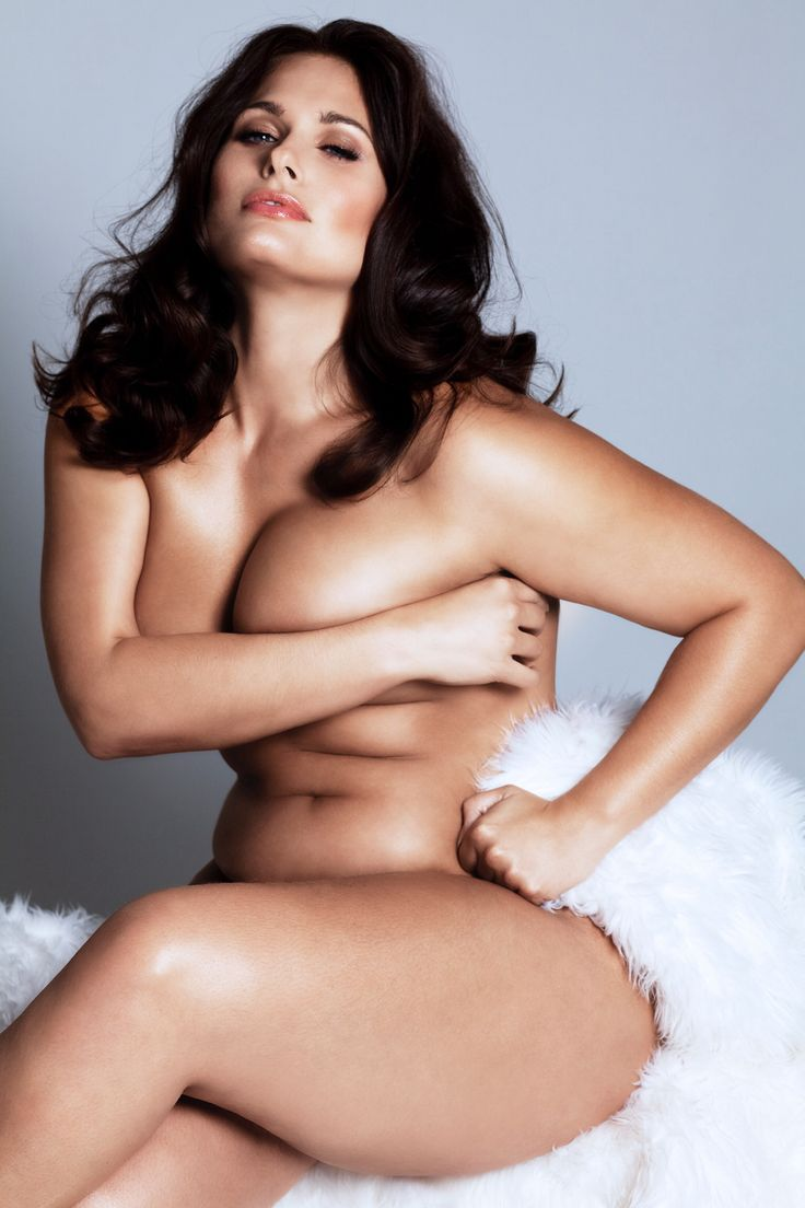 sexy nude plus size model