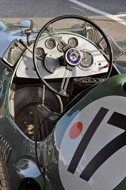 Michael Harting's 1951 HWM No.17 (paddock) - 2009 Goodwood Revival | Flickr : partage de photos !