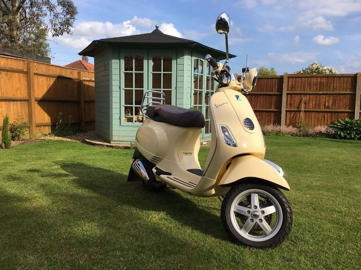 Piaggio Vespa LXV 125 Scooter in Sienna Ivory - Stunning example of rare model  | eBay