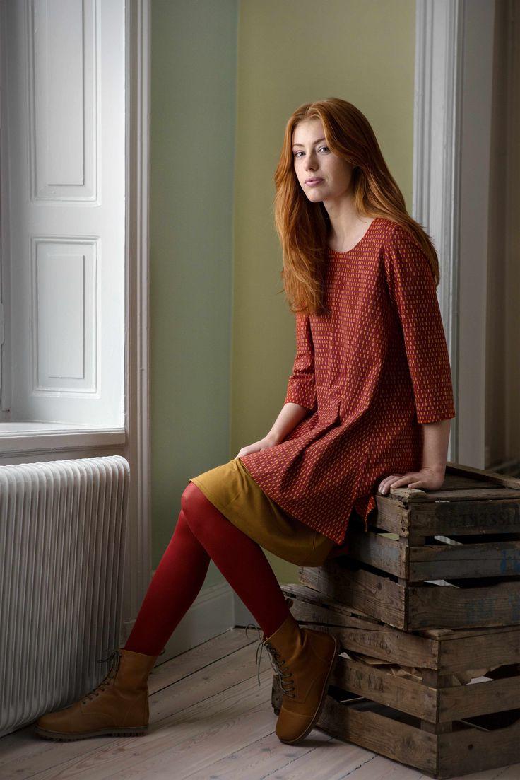 Gudrun Sjödéns Herbstkollektion 2014 - Allen, die kleine Muster mögen, stellen wir hier die perfekte Tunika mit unserem hübschen Druck Stina vor.