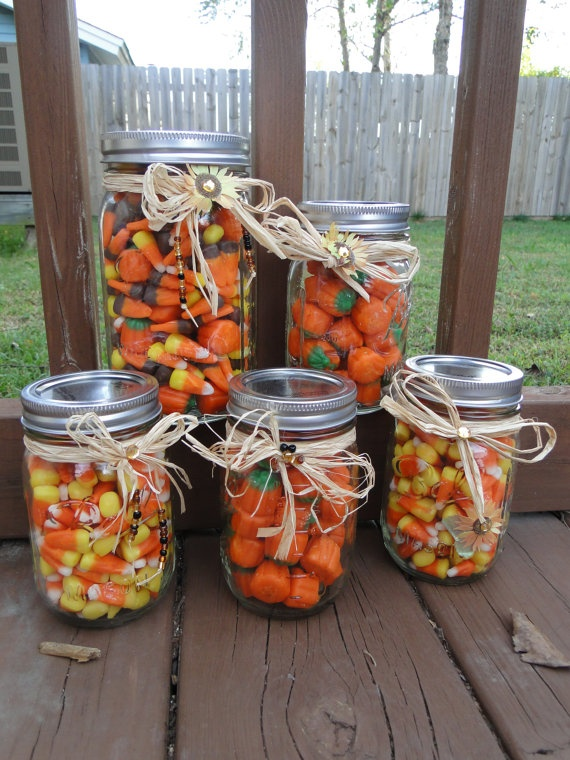 love this idea for favors- maybe smaller jars?