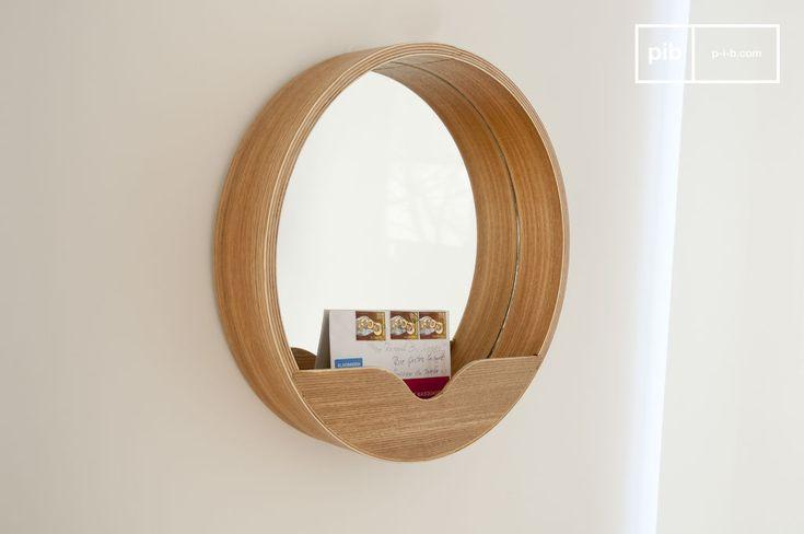 Specchio Emily e molti altri specchi da scoprire su PIB, lo specialista in arredamenti, illuminazioni e decorazioni vintage.