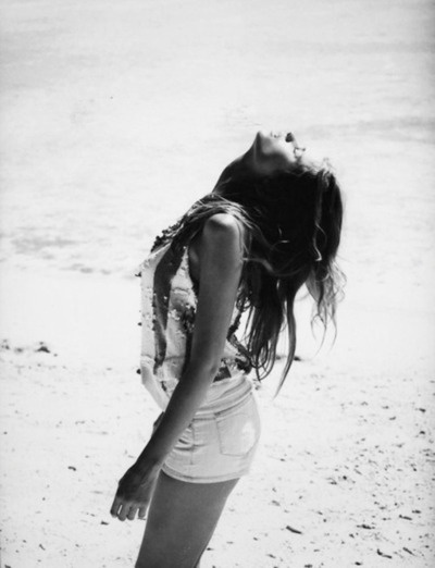 free: Colleges Girls, Pink Summer, Summer Beaches, Girls Models, Beaches Life, The Ocean, Happy Moments, Summer Girls, Summer Photography