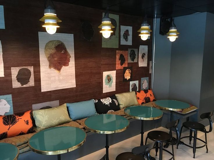Check out my fabrics at a Bar à Vins in Divonne FRANCE, great job by Atelier Pia at Thoiry France./ Mis telas en un bar a vinos en Divonne FRANCIA, un lindo trabajo realizado por Atelier Pia Thoiry Francia.