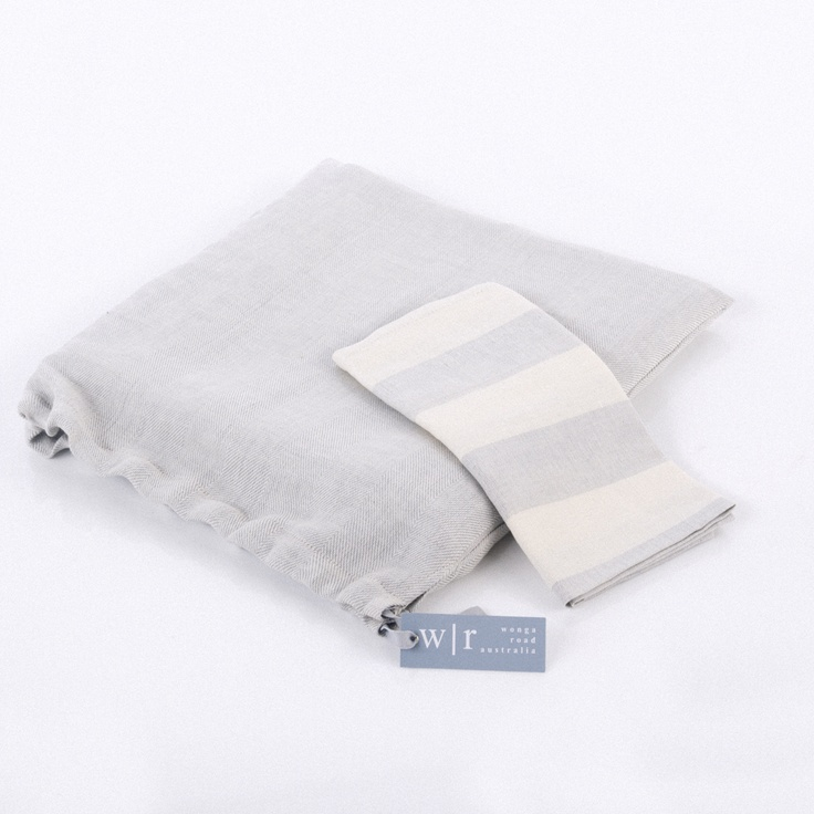 wonga road silver cotton & linen talecloth in linen bag with stripe napkin