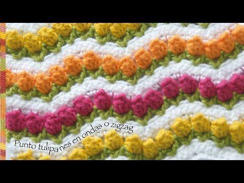 Campo de tulipanes tejidos a crochet o punto tulipanes en ondas zigzag... incluye diagrama! - YouTube