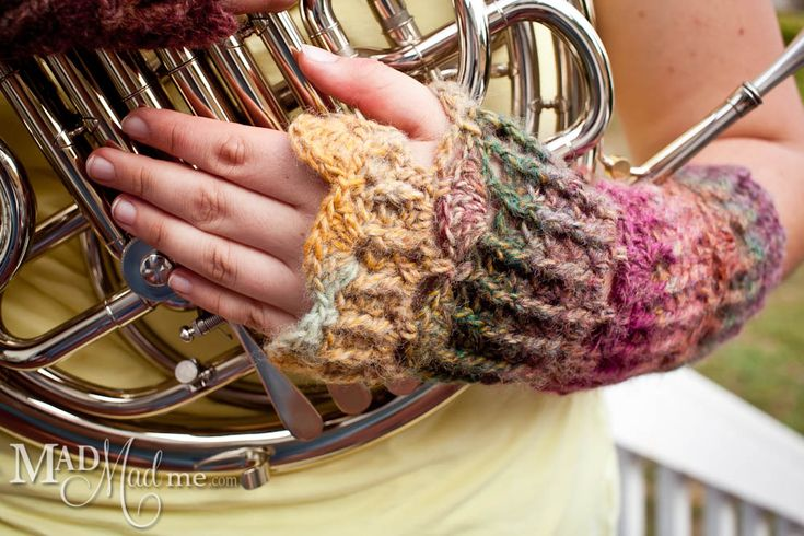Mad Wrist Wraps: Fingerless Gloves, Mad Mad, Fingerless Mittens, Crochet Gloves, Hands Warmers, Mad Wrist, Crochet Patterns, Wrist Wraps, Wraps 1 Cable