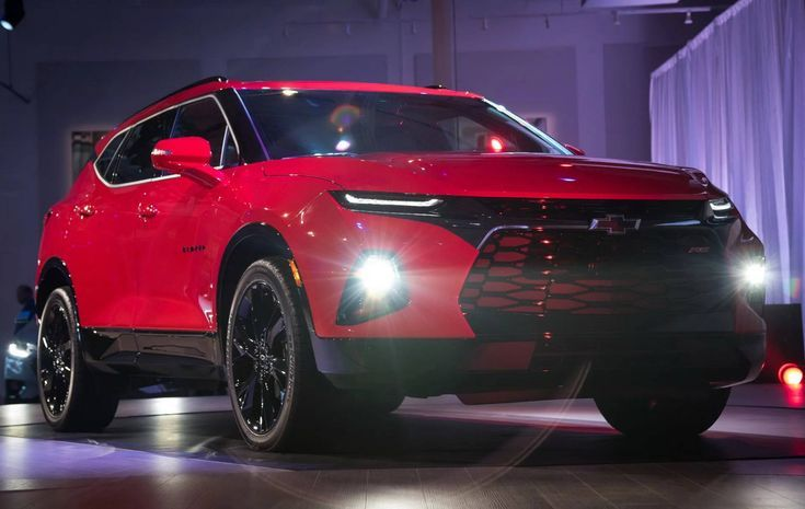 Chevy Blazers Fall Outfits In 2020 Chevrolet Blazer Chevrolet Trailblazer Chevrolet