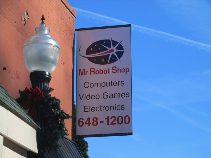 Mr Robot Shop - New Sign!