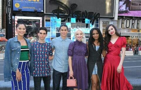 Descendants cast at New York Times Square on Good Morning America (GMA)
