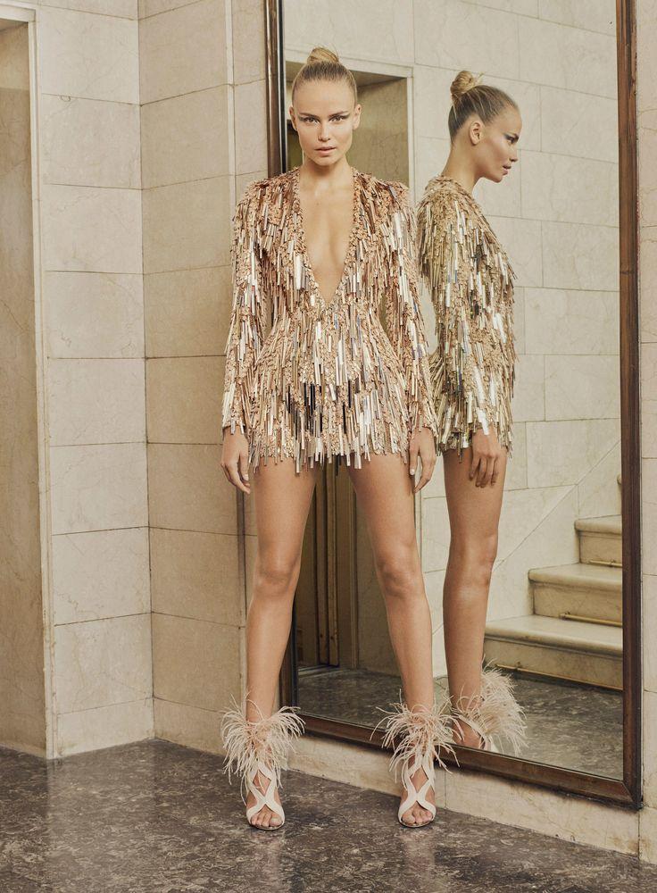 Atelier Versace - Rosie Huntington-Whiteley / Jennifer Lopez / Doutzen Kroes / Alessandra Ambrosio / Karolína Kurkova