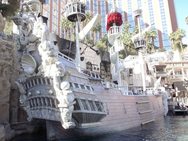 ship picture Vegas