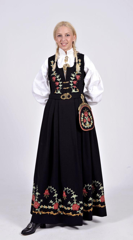 17 Best images about Den norske bunaden // The Norwegian ...  Black Norwegian People