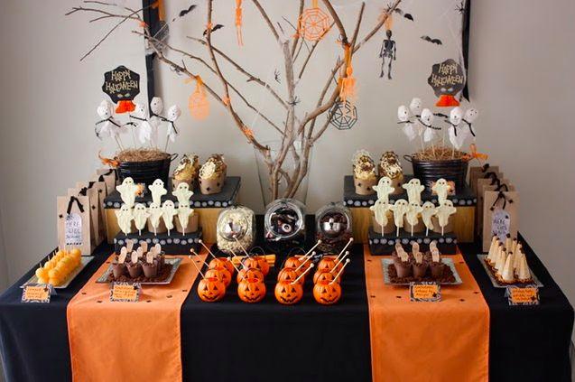 Mesa decorada para halloween