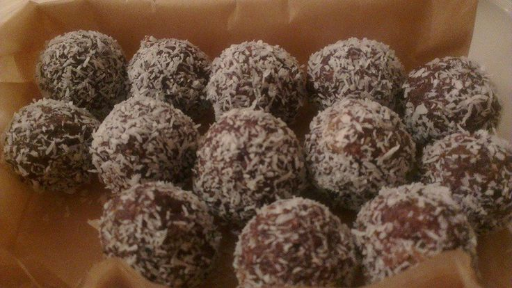 A small batch of raw ginger-flavoured chocolate truffles I made for a friend