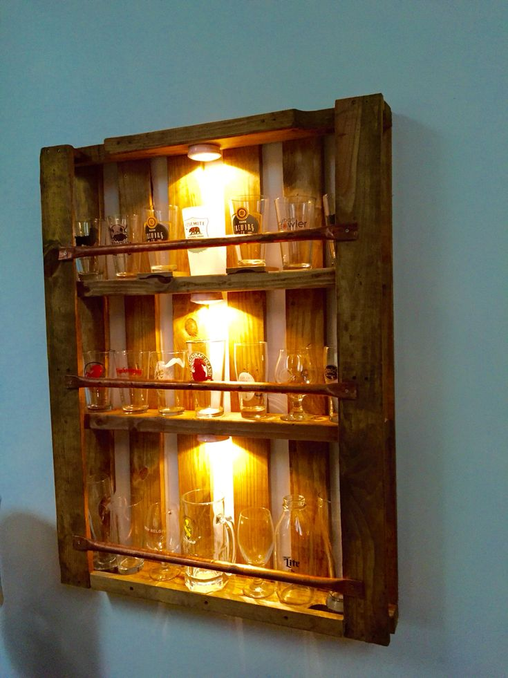 Pallet pint glass display case