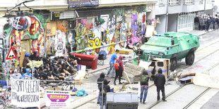 Besetztes Haus in Wien wird geräumt: 1.700 Polizisten gegen eine Pizzeria - taz.de