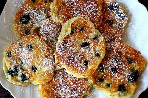 Blueberry Pancakes: Blueberries Buttermilk, Smittenkitchen, Eggs White, Buttermilk Pancakes, Blueberries Pancakes, Pancakes Recipes, Great Tips, Blueberry Pancakes, Smitten Kitchens