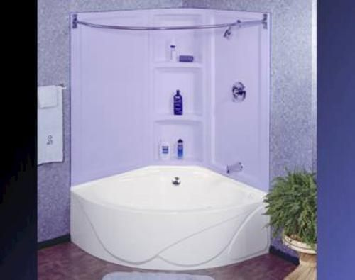 Corner shower/bath for the master, with whirlpool!