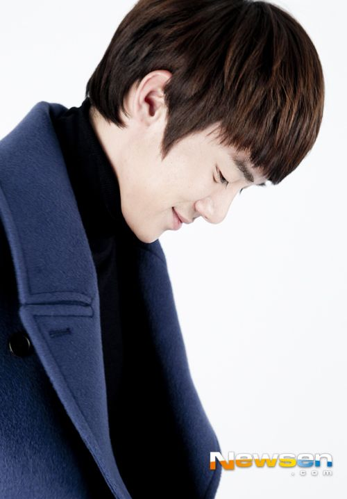 [Interview] Yoo Yeon Seok Talks About His Past Crushes | EnewsWorld Mobile