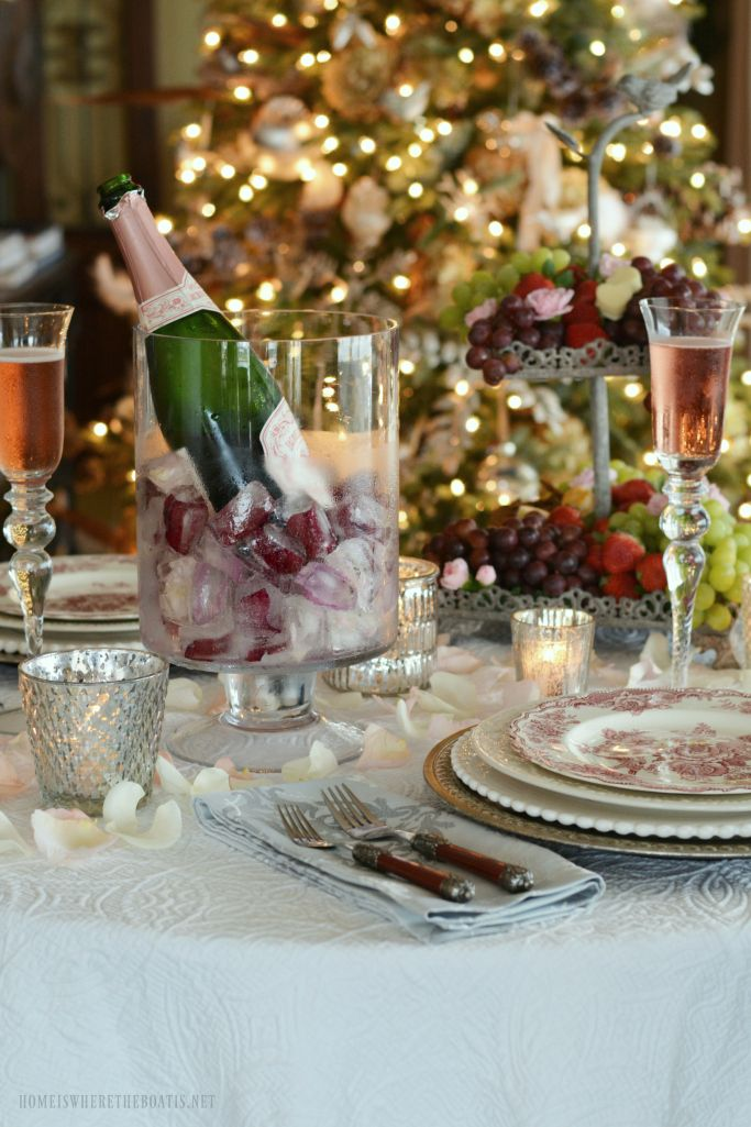 Romantic Table for Two for Valentineu0027s Day & 35 best Romantic Tables for Two images on Pinterest | Romantic table ...