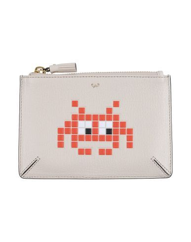 ANYA HINDMARCH Pouch. #anyahindmarch #pouch