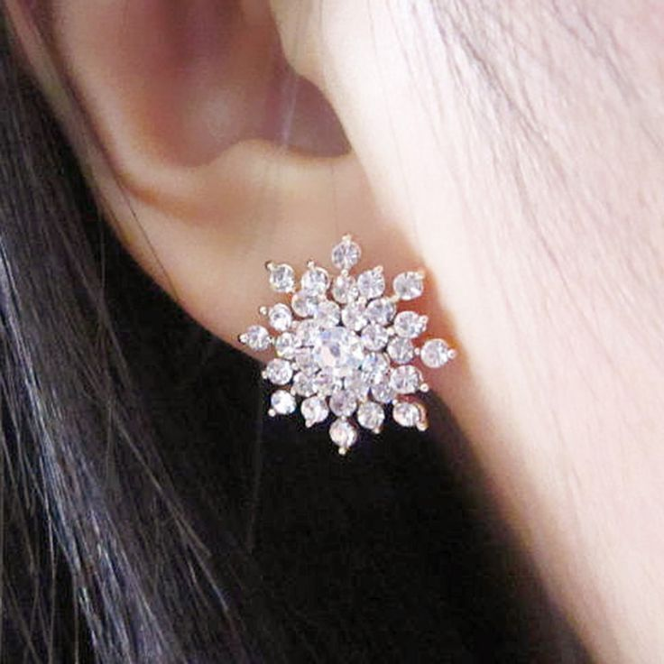 2016 New!!! Ladies Crystal Snow Flake Bijoux Statement Stud Earrings For Women Earring Fashion Jewelry Free Shipping E271