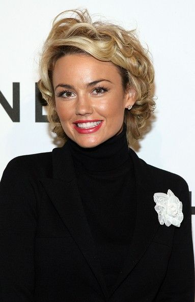 Kelly Carlson Actress Kelly Carlson arrives to the CHANEL and P.S. ARTS Party held at the CHANEL Beverly Hills boutique on September 20, 2007 in Los Angeles, California.