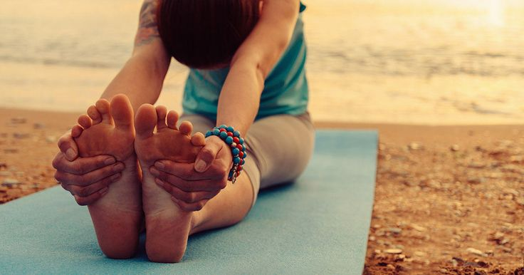 Being able to touch your toes is only one test you want to ace. Take these flexibility tests to answer the question: how flexible are you?